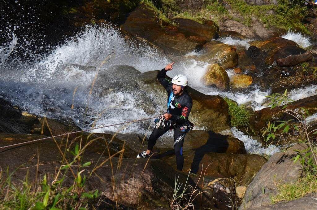 Cayoning descenso de cascada en Baños Ambato